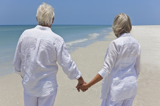 Marriage_couple_older_back_beach_513x341